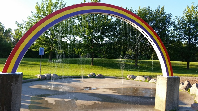 Easton_Park_RainbowSplashpad.jpg