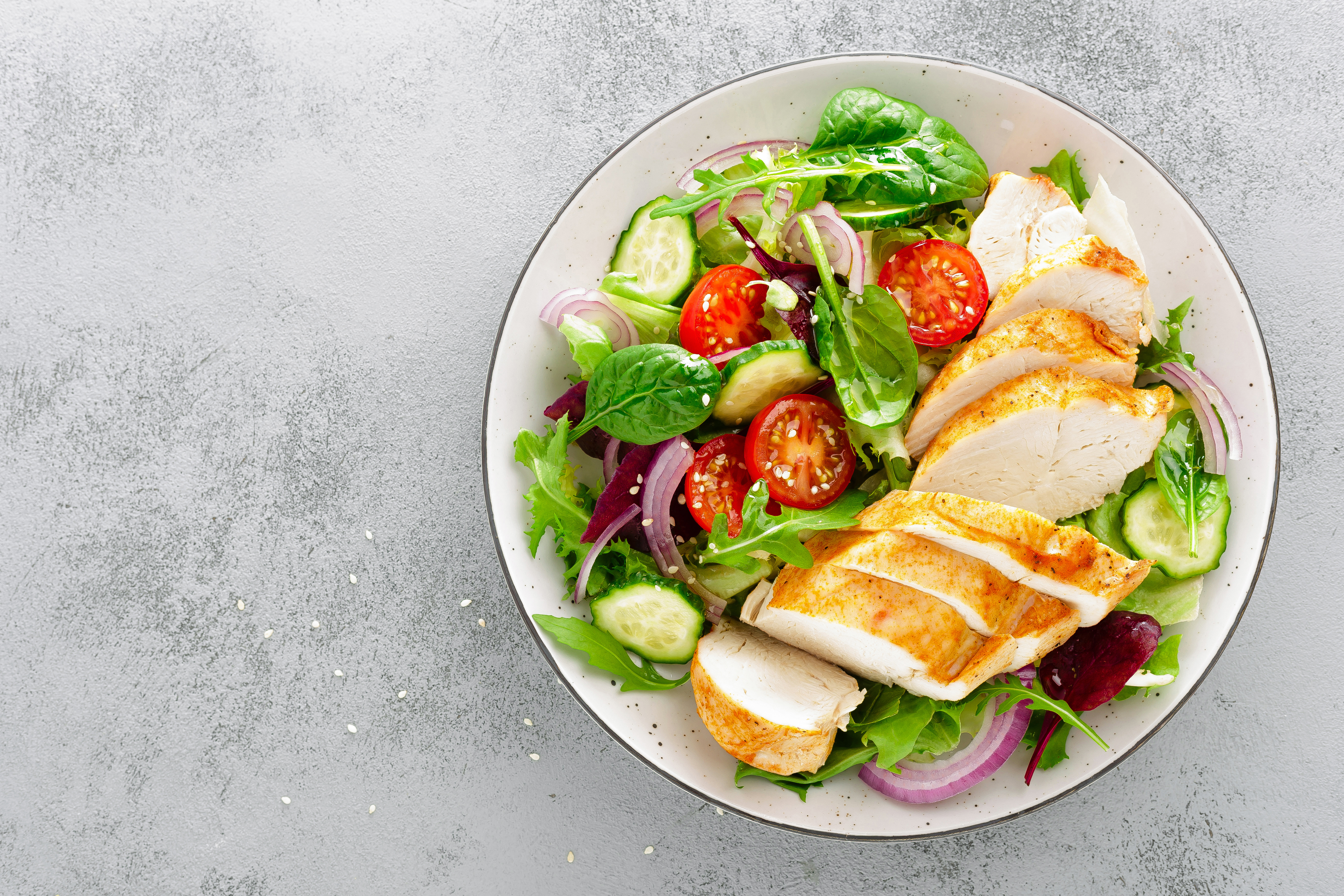 Image of salad with chicken