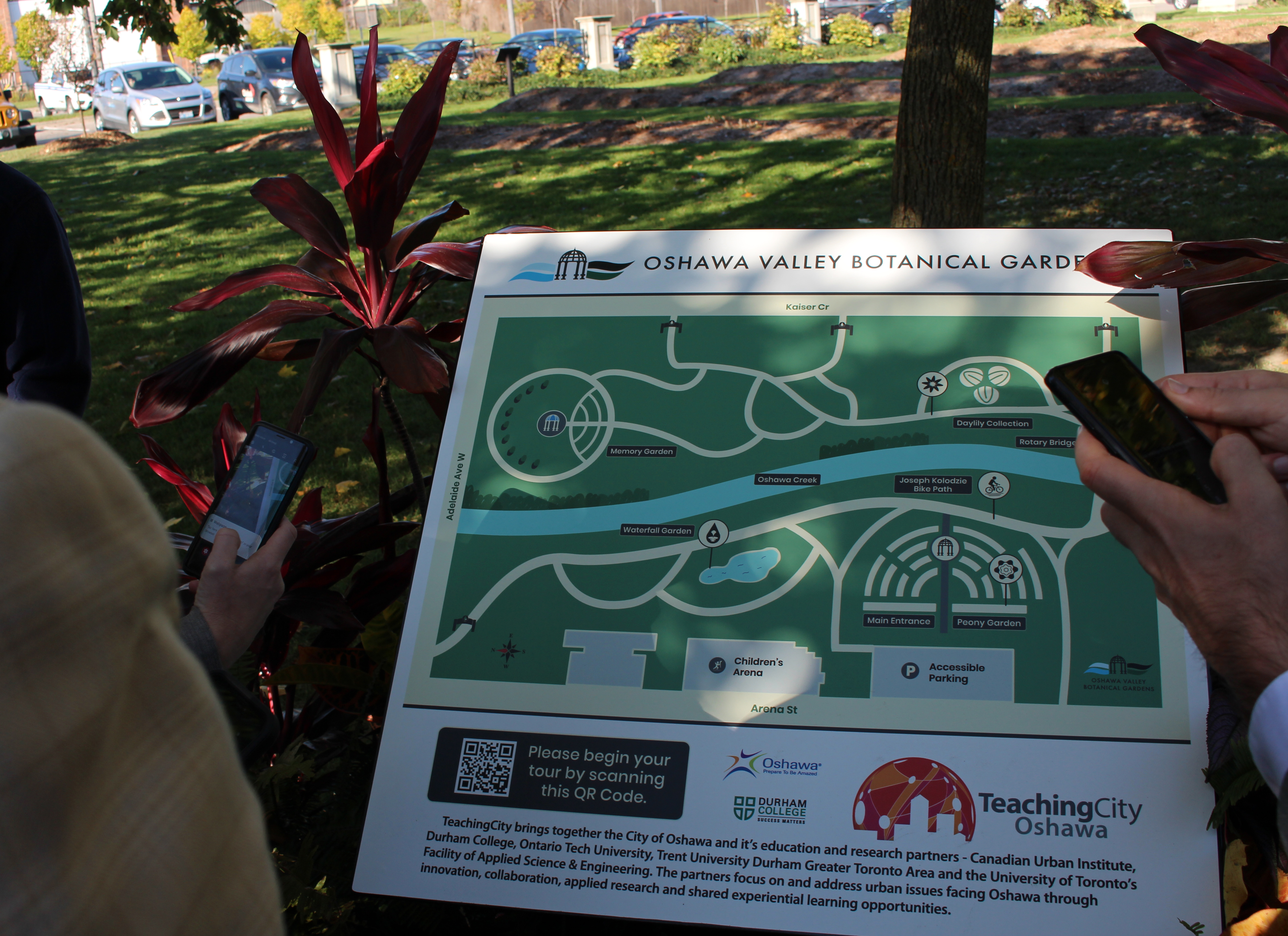 Signs are located throughout the Oshawa Valley Botanical Gardens and feature Quick Response (QR) codes for visitors to learn about the park, points of interest and utilize a navigation guide between landmarks.