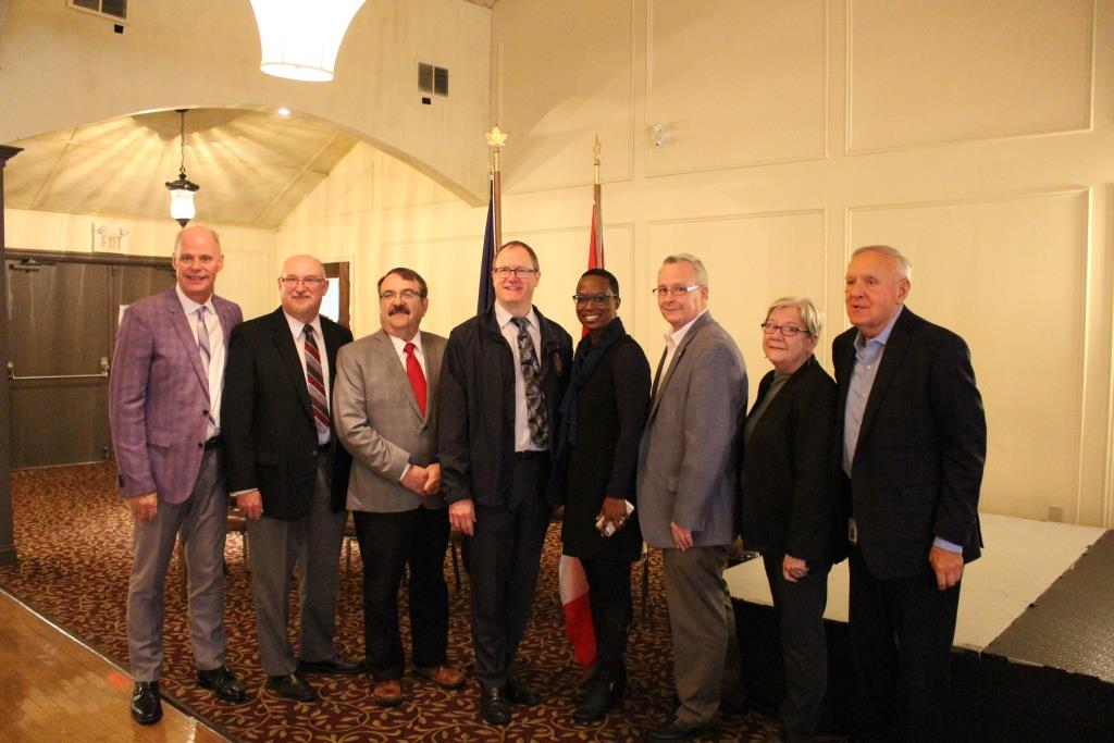 Members of Parliament, Regional and City Councillors at the funding announcement