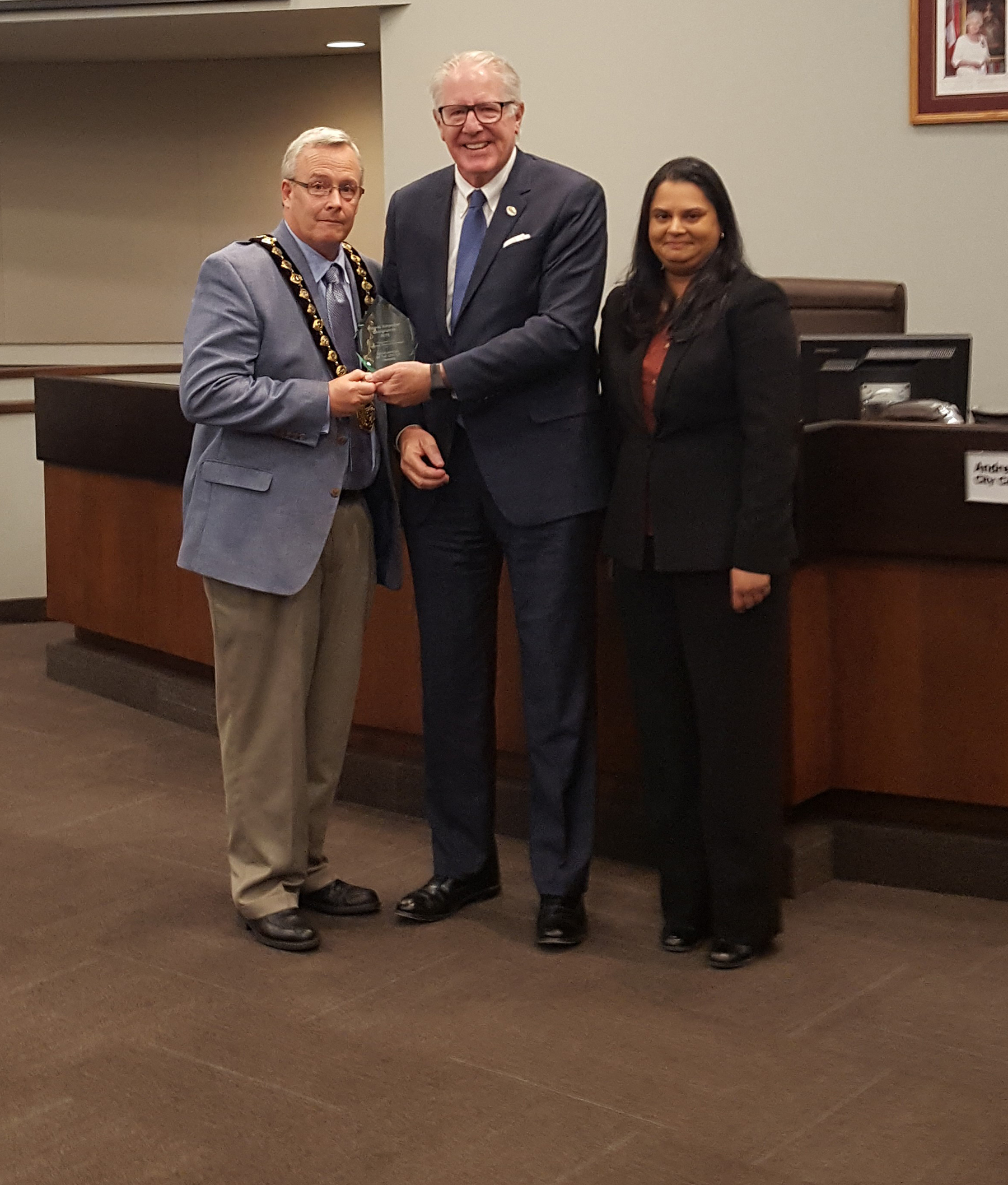 City of Oshawa is presented with the 2016 Ontario Employer Designation